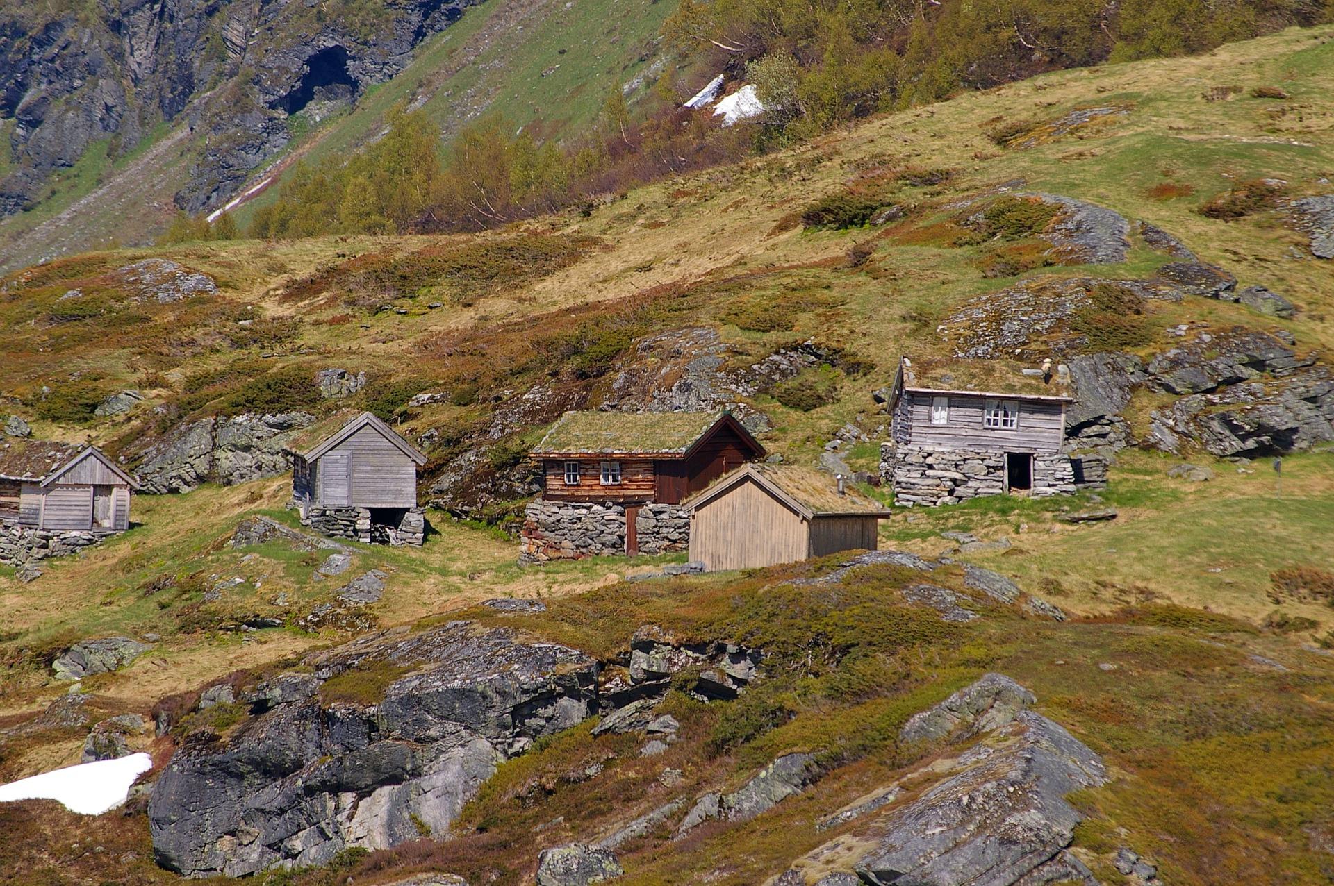 immagine case in montagna